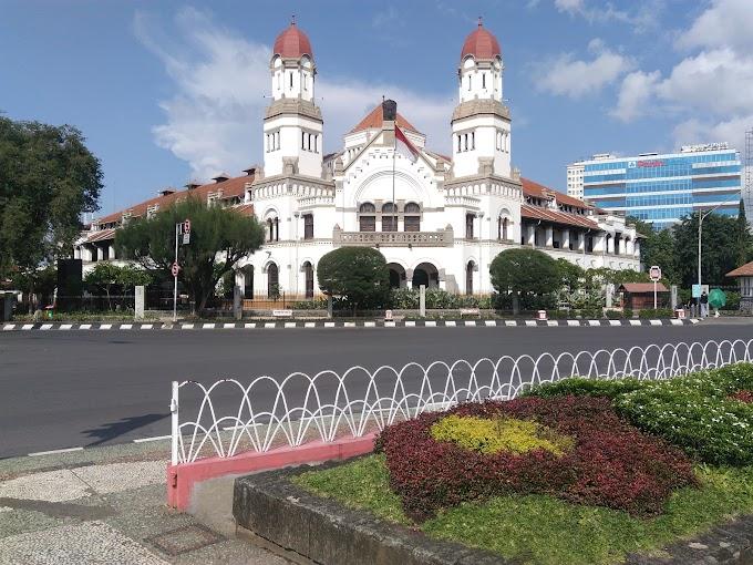 Merasakan Suasana Kolonialisme di Lawang Sewu Kota Semarang