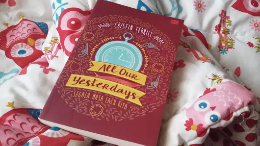 [Book Review] All Our Yesterday + Guess My Santa