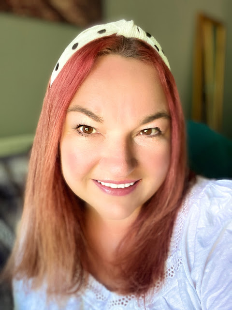 Decree Absolute, Mandy Charlton, Photographer, Writer, Blogger, divorce, relationships, dating