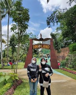 Wisata Taman Surya Yudha Park 2 Dua : Kamu Bisa Berfoto Bareng Dinosaurus