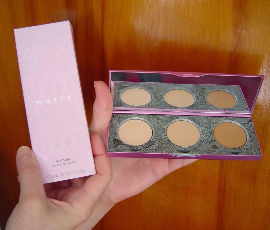 Mally Beauty Pro-Tricks Correcting Palette (Lighter).jpeg