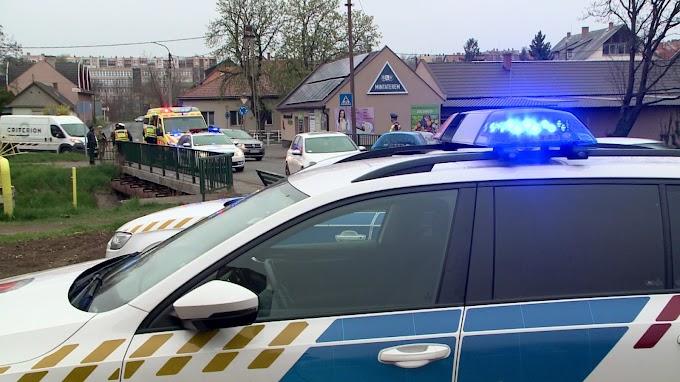 Késsel támadt rokonaira egy 19 éves gyöngyösi férfi
