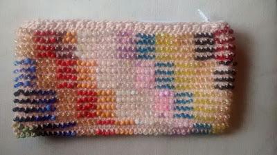 tutorial crochet con mostacillones enhebrados