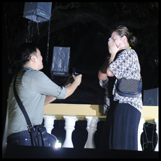 VIGAN | Exclusive: Wedding Proposal at the Dancing Fountain: Fiancee
