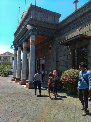 Museum Sampoerna Surabaya, Jalan-jalan ke Museum Sampoerna Surabaya, Main ke Museum Sampoerna Surabaya, Museum di Surabaya