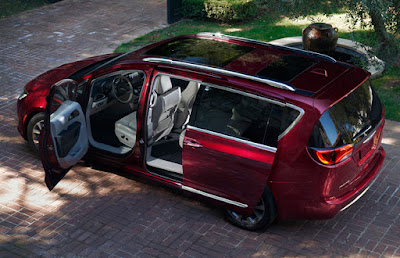 Chrysler Pacifica side angle Hd pictures