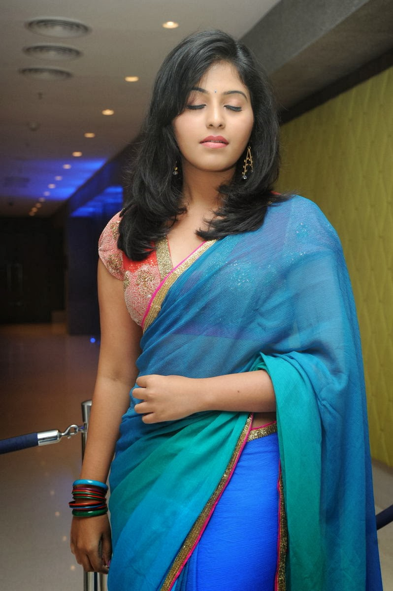 Gorgeous sexy Anjali latest hot photos reveling in saree