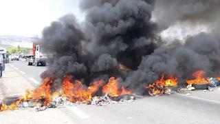 سبيبة: غلق الطريق بين سبيبة وسبيطلة من طرف الفلاحين