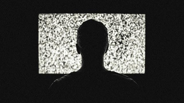 Ilustrasi orang yang mengalami kecanduan game atau game addiction
