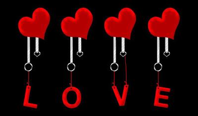 قلب لونه احمر مع كلمات وحروف LOVE