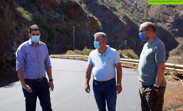 El Cabildo mejora la seguridad de la carretera entre Las Tricias y Santo Domingo de Garafía
