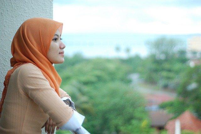[INTERMEZZO] Benarkah Wanita Lebih Cantik Dan Menarik Kalau Berjilbab/Berhijab ?