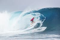 6 Adrian Buchan Billabong Pro Tahiti foto WSL Kelly Cestari