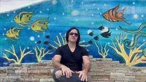 Derick Thompson grava  a música Primeiros Erros no Arraial do Cabo no Rio de Janeiro
