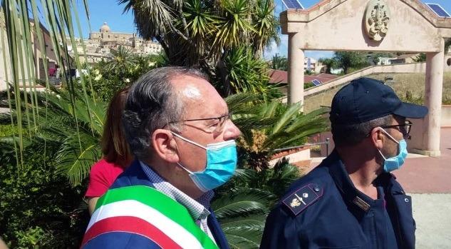 Fuga di migranti dal centro accoglienza. Il sindaco di Siculiana scrive al ministro Lamorgese