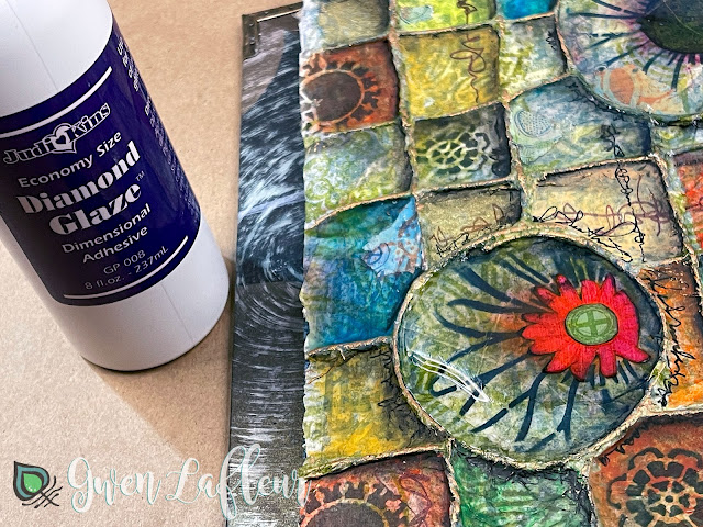 Textural Art Journaling with Stencils - Tutorial Step 11 - Gwen Lafleur
