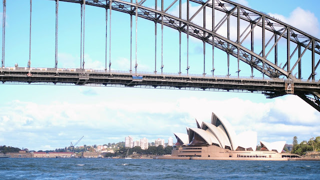 Sydney Harbour Bridge and Sydney Opera House viewed from a water taxi