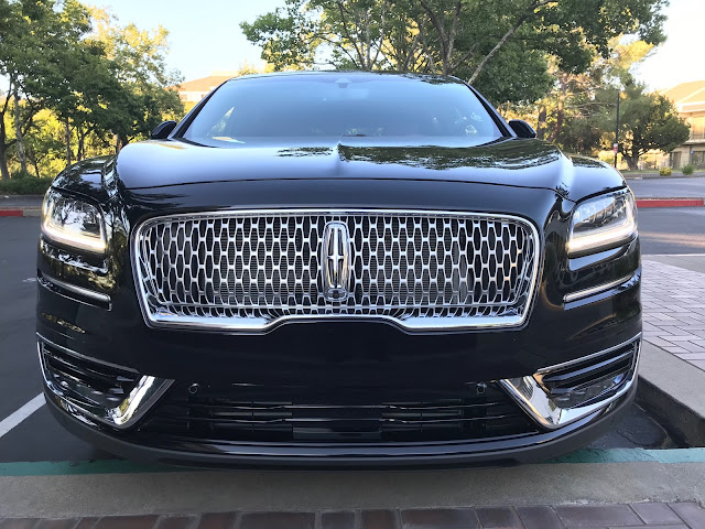 Front view of 2019 Lincoln Nautilus Black Label