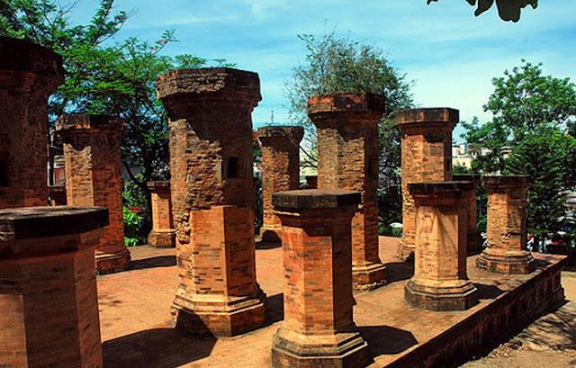 Khu di tích Tháp Bà Ponagar tuyệt đẹp