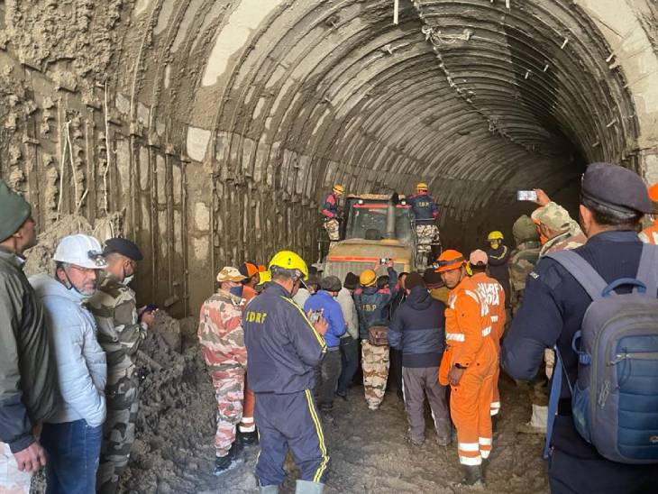 35 people stranded in NTPC tunnel, 197 people missing after a glacier collapsed in Tapovan in Chamoli district on Sunday