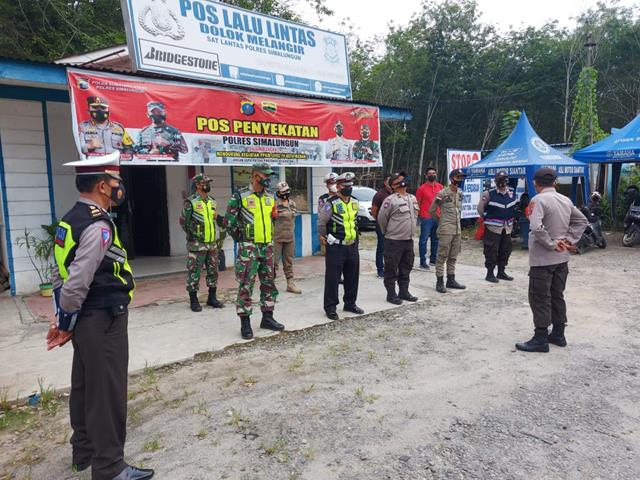 Personel Gabungan, Jajaran Kodim 0207/Simalungun Laksanakan Pos Penyekatan Perbatasan Kab Simalungun-Pematang Siantar