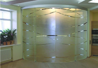 Radial Partition with Sliding Doors