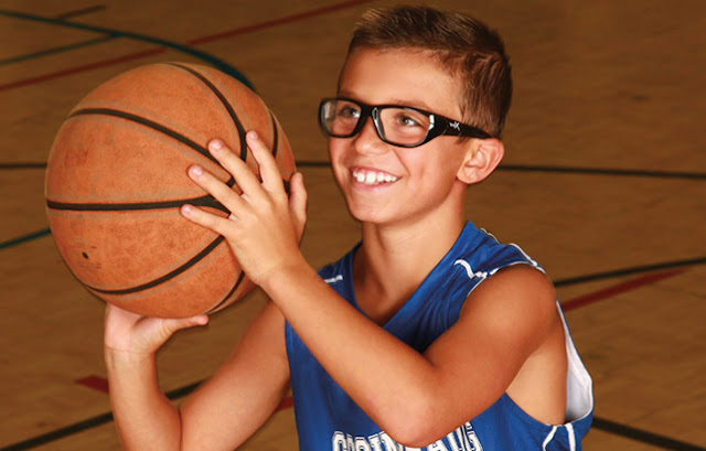What to Look for Picking the Best Sports Safety Eyeglasses?