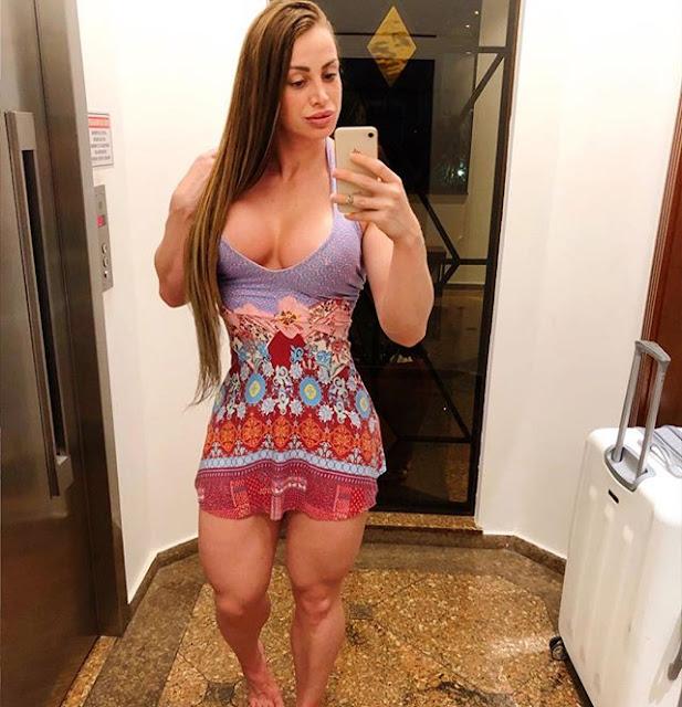 Ana Khuber Hot & Sexy Pics