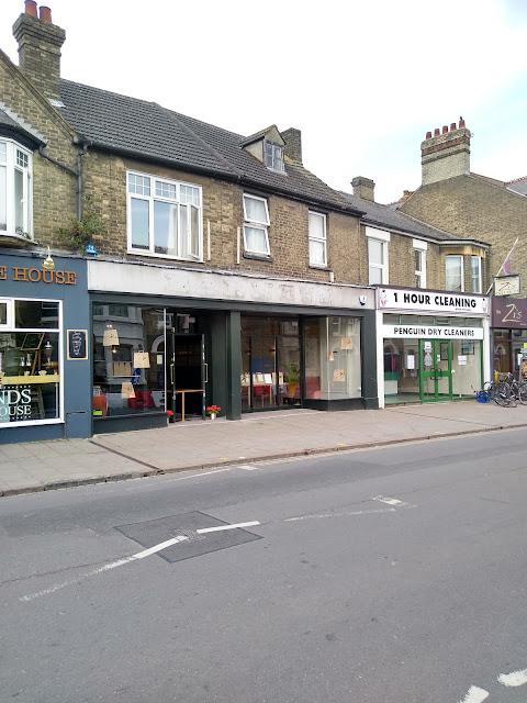 Barneys, Mill Road, Cambridge, Ghostsign, Psychogeography, Covid-19, Gentrification