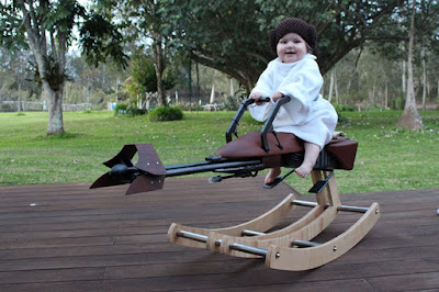 Dads builds daughter a star wars speeder bike