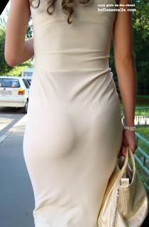 Mujeres marcando calzon vestido ajustado
