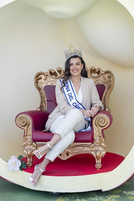 MINERVA REINA2 BR - Minerva Hernández,  joven de Fuerteventura ,una Reina que vive el Carnaval desde niña