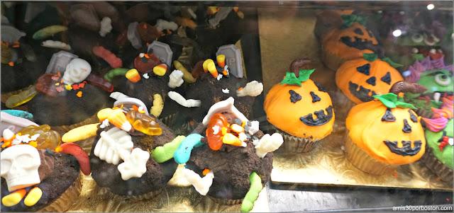 Cupcakes Decorados para Halloween de Wilson Farm, Lexington