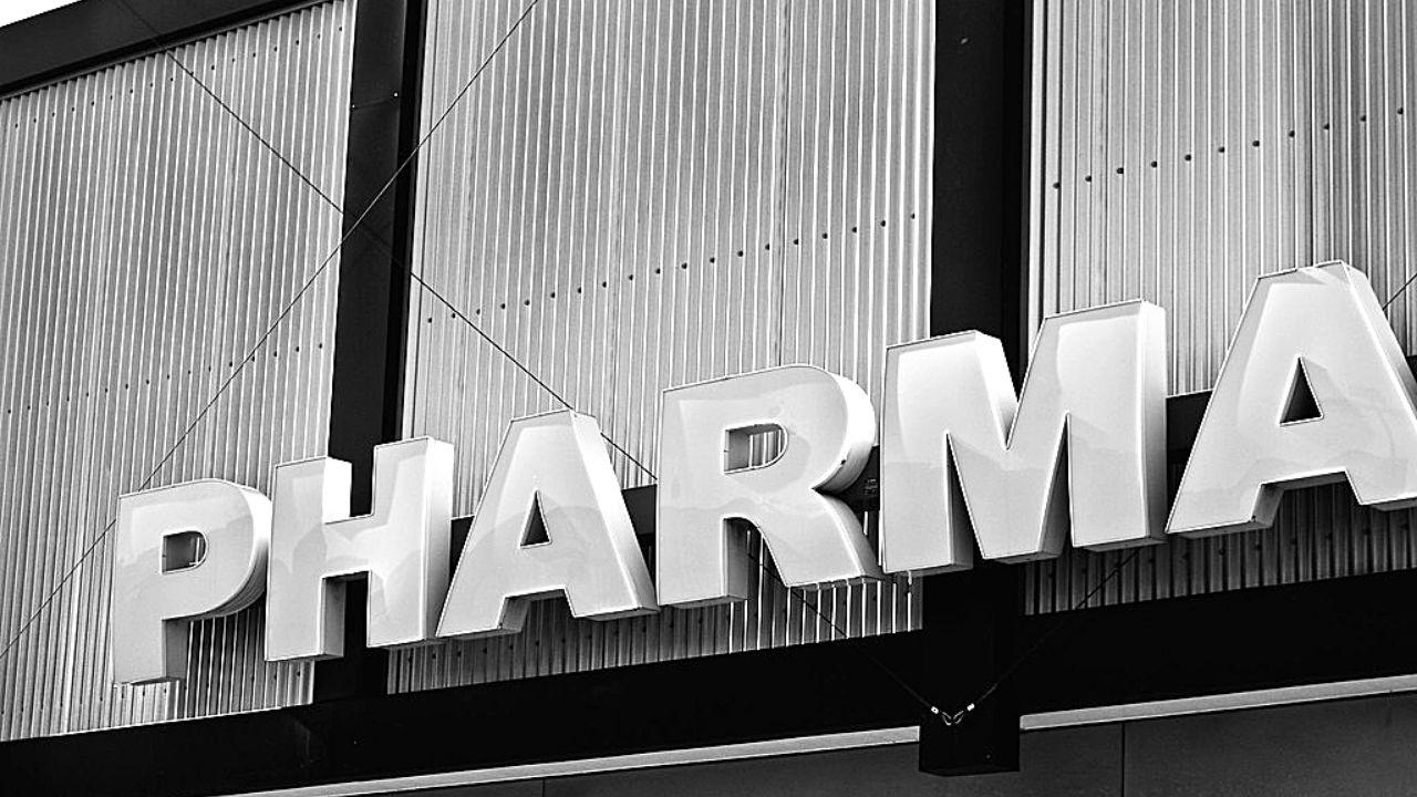 sigaretta elettronica big pharma