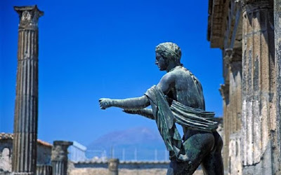 Italy to combat Mafia crime and corruption at Pompeii