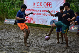 Warung Kopi Manis Ramaikan HUT RI Gelar Kompetisi Sepak Bola Kampung