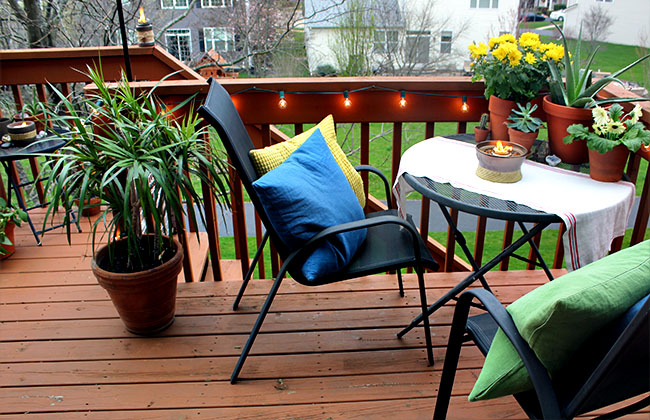 A Small Space Summer Outdoor Oasis