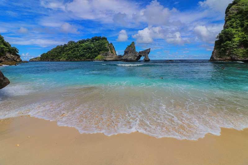 Rute Harga Tiket Pantai Atuh Nusa Penida