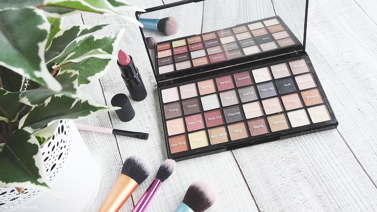 GiZ-Blog.dk: Tester - Freedom Makeup Pro Øjenskygge Palette ...