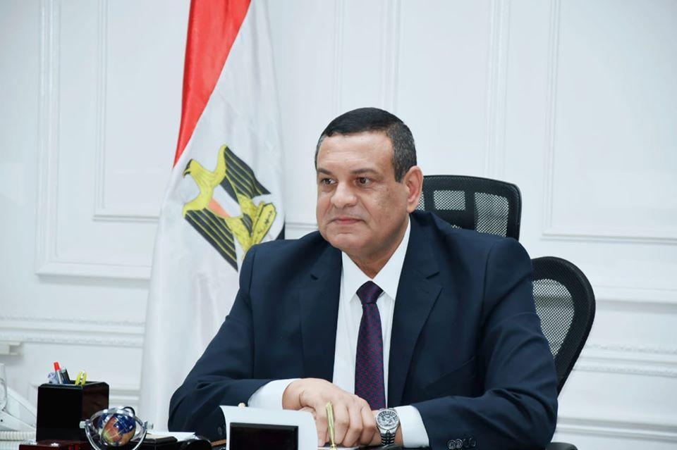 محافظ البحيرة يعلن عن موافقة وزير الزراعة على إقامة محطة رفع صرف صحى بمركز حوش عيسى .