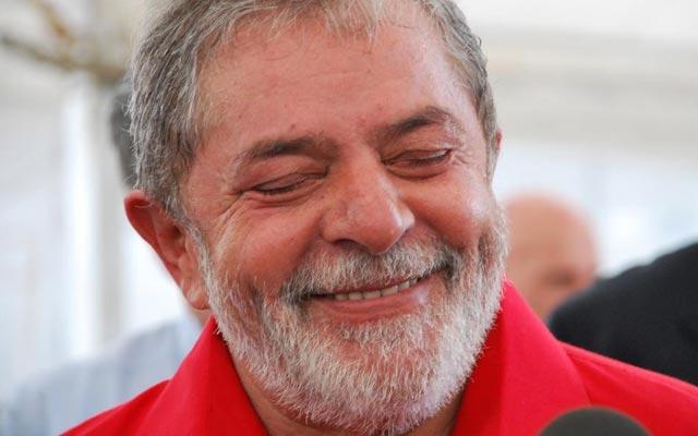 Lula pretende se casar assim que sair da prisão, diz ex-ministro