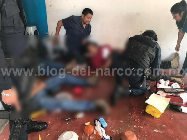 Sicarios de la Familia Michoacana atacan a Policías de Investigación de la FGJEM  mientras comían en Ixtapan de la Sal