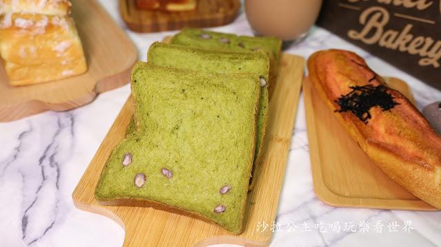 日本爆紅生吐司【抹茶紅豆生吐司】Corner Bakery63國賓麵包房每日限量 @ 沙拉公主吃喝玩樂看世界 :: 痞客邦