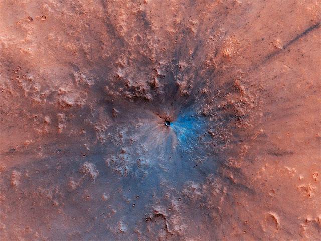 nova cratera em Marte - 2019