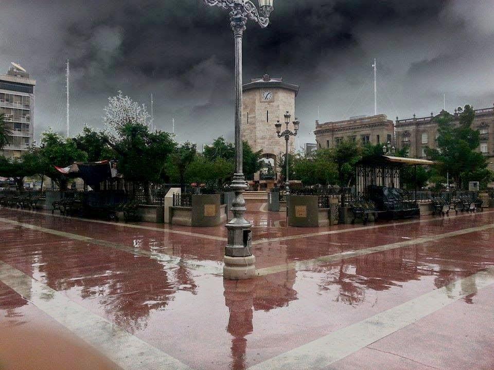 Resultado de imagen para Plaza de las armas torreon