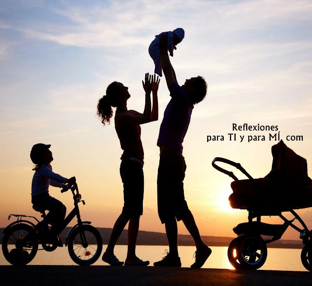 """Muchas veces escucho comentarios como: """"Ahora no tenemos tiempo para nosotros"""", """"estamos muy cansados para salir solos"""", """"ya tendremos nuestro tiempo cuando los hijos crezcan"""", """"de cualquier forma nos vemos todo el tiempo"""",... ¡Señal de alerta! El amor se cultiva todos los días, te decides a amar a cada momento y nunca tenemos la seguridad de un mañana."""