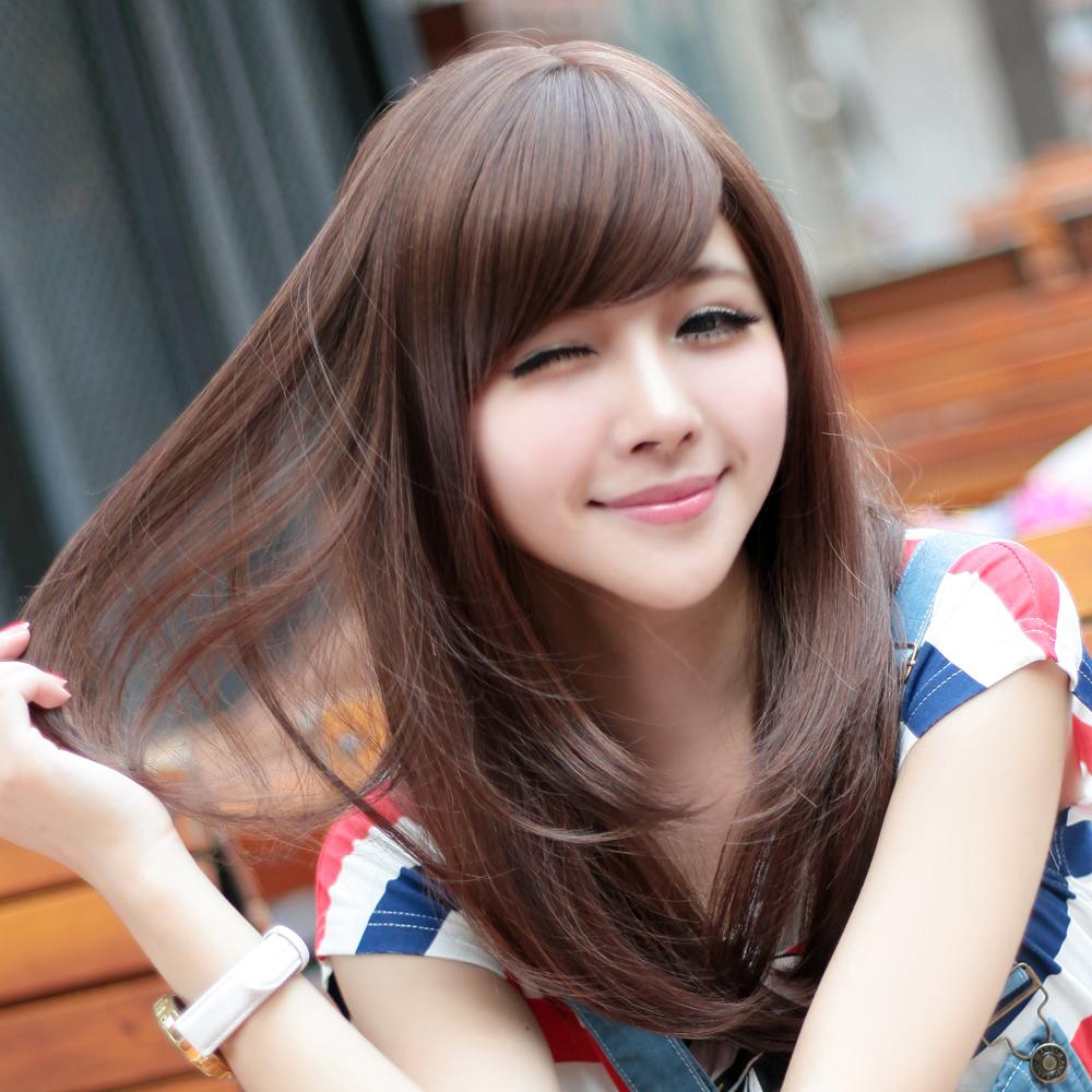 Model Wanita Rambut Pendek