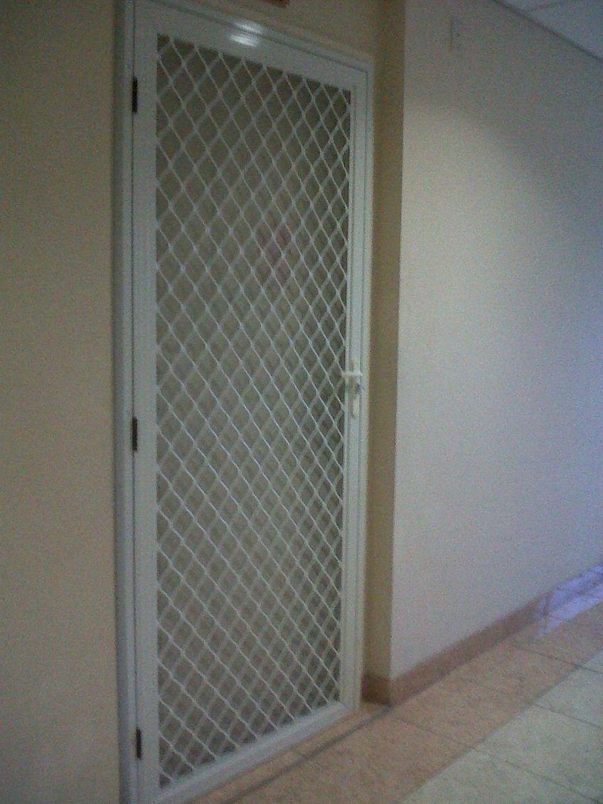 pintu aluminium anti nyamuk 2