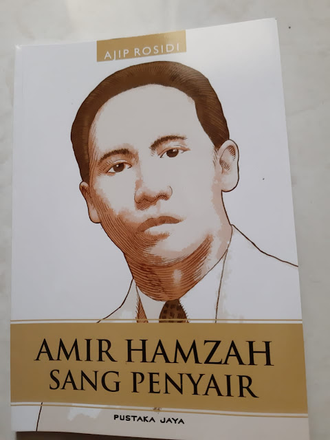 Review Buku: Amir Hamzah Sang Penyair