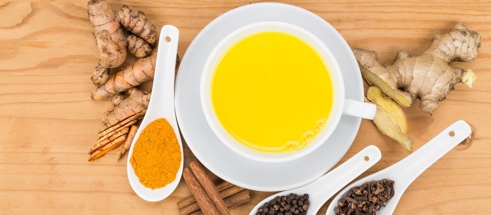 7 Amazing Benefits Of Ginger Tea And Turmeric